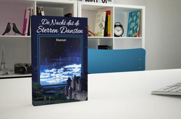 boek op een bureau